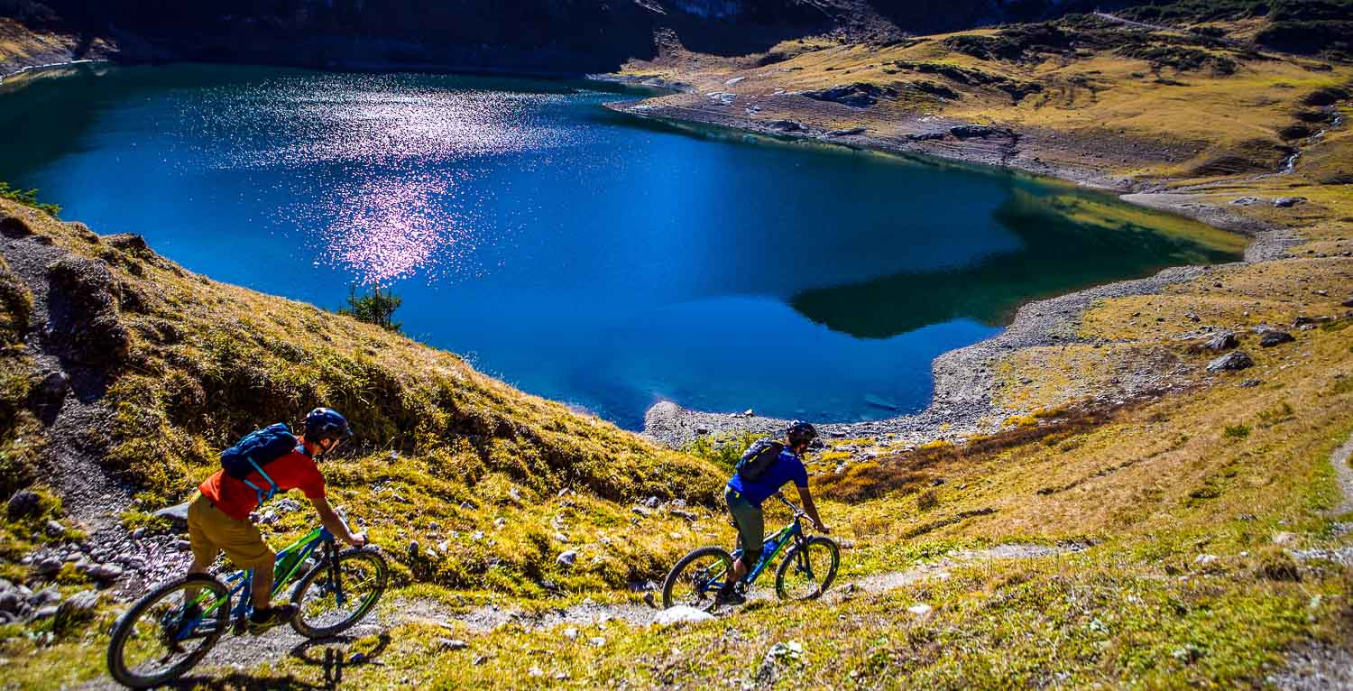 mountainbike trip with guide
